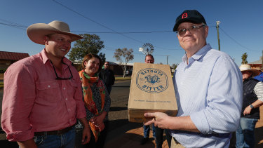 Promises to local communities could get the Coalition over the line.
