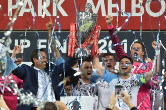 Melbourne City hoist the FFA Cup in 2016.