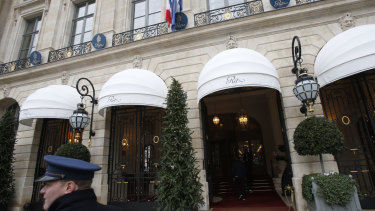 Paris police have recovered some jewels stolen from the Ritz Hotel in a multimillion-euro robbery attempt in January.