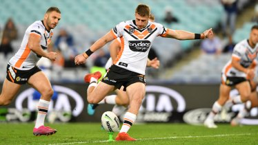 Momirovski will fill the hole left by Curtis Scott and Will Chambers in Melbourne.