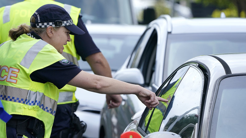 Police issue $165,000 in COVID-19 fines, but only two in Sydney's worst-affected area