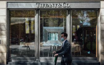 Having gotten the discount, LVMH's plans to buy Tiffany's are back on the cards.