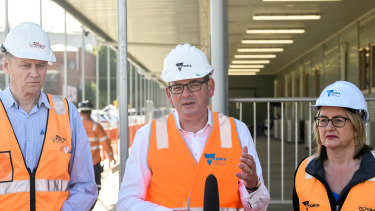 Yet another hi-vis photo opportunity for Premier Daniel Andrews and Minister for Transport Infrastructure Jacinta Allan.