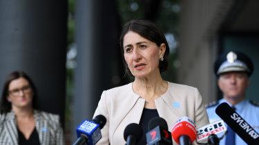 NSW Premier Gladys Berejiklian has won praise for her clear media briefings.