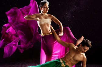 Raina Peterson and Govind Pillai in Kala, an Indian dance performance.
