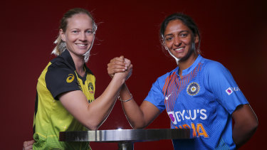 Australian captain Meg Lanning with Indian captain Harmanpreet Kaur.