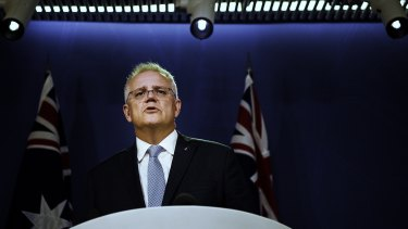 Scott Morrison's controversial ban on travel between Australia and India will end next week.