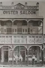 MaCree's Oyster saloon, Townsville, circa 1910s.