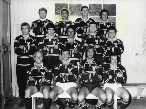 The great Ken Irvine (back row, far right) with the Manly team circa 1971.