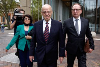 Former Labor minister Eddie Obeid (centre) arrives at the NSW Supreme Court, accompanied by his wife Judy and his solicitor Michael Bowe.