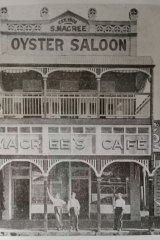MaCree's Oyster saloon, Townsville, circa 1910s.