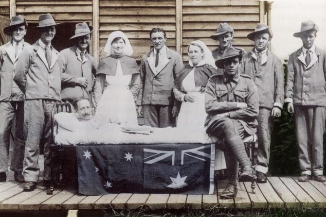 Nurses Hilda Samsing, left, and Alice Kitching with convalescing Australians on Lemnos, near Gallipoli.