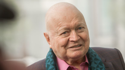 Bert Newton has leg amputated after toe infection