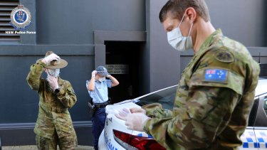 ADF personnel assist NSW Police in the COVID-19 response.