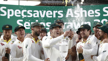 Tim Paine and Australia celebrate retaining the Ashes at the Oval last year.