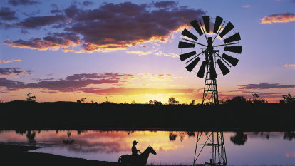 Riding high from tourism influx, the outback's poised for a bumper summer