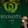 Striking Woolworths workers return to work after 10 per cent pay rise offer