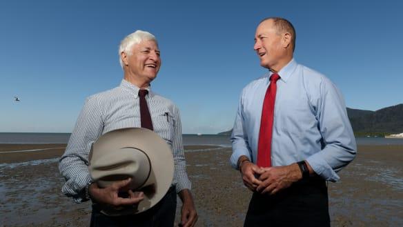 Bob Katter sacks controversial senator Fraser Anning months after 'final solution' speech