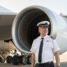 Veteran 747 pilot completes final flight as Qantas farewells jumbo jets