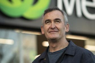 Le patron de Woolworths, Brad Banducci, a déclaré que les consommateurs étaient fatigués et frustrés.