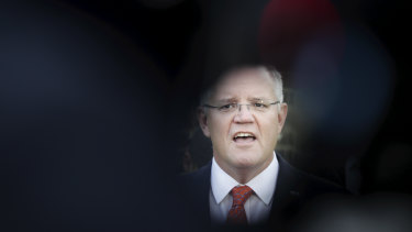 Scott Morrison begins the federal election campaign facing economic challenges.