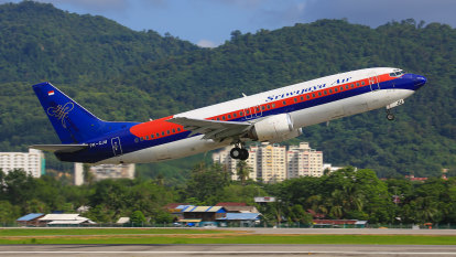 Authorities lose contact with Sriwijaya Air Flight 182 over Indonesia