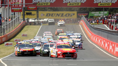 Limited crowds at Bathurst as Supercars nets deal with NSW authorities