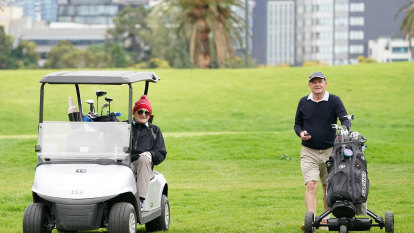 Social distancing not the only new rule as local golf clubs keep putting along