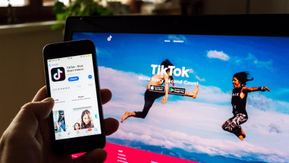 Amazon bans, the unbans TikTok from employees' phones, citing 'security'