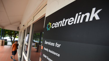 A Centrelink website glitch has left people out of pocket.