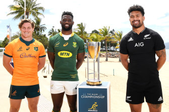 Michael Hooper, Siya Kolisi and Ardie Savea pose for a photo in Townsville on Friday.