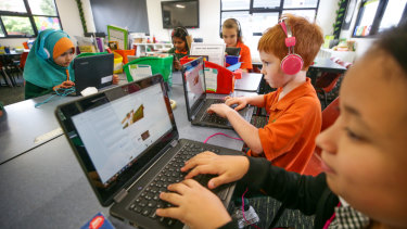 The glitches in this year's NAPLAN  test mean schools should approach their results with caution.