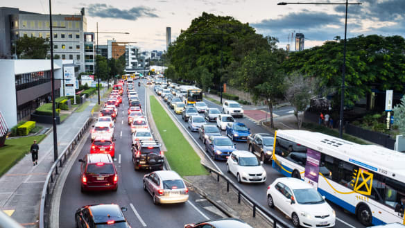 Delays easing on key roads for Brisbane city commuters