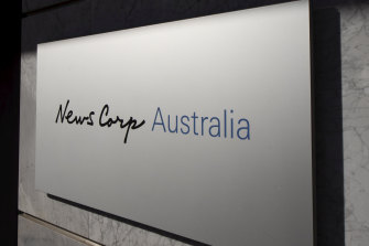 Experts have criticised a maove by News Corp to fold most of its regional websites into two of its major mastheads.