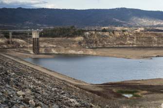 Burrendong Dam, one of the state's major reservoirs, is down to about 4.5 per cent full.