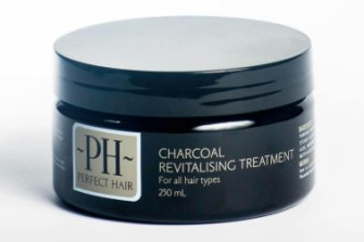Charcoal Relaxing Treatment smooths the hair without damaging.