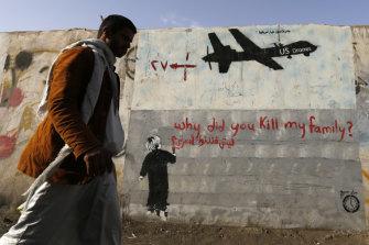 Graffiti denounces US drone strikes in Yemen, 2014.