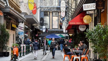 Melbourne councillors have voted to support a safe-injecting room in the CBD.