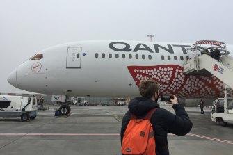 Boarding the non-stop Qantas flight from Paris to Darwin, December 2020.