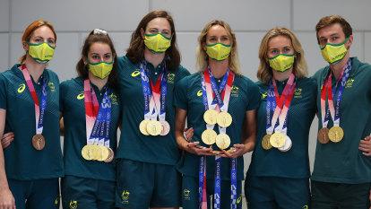 Swimmers return home as daunting road towards Paris 2024 awaits
