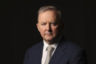 Opposition Leader Anthony Albanese's industrial relations policy is light on detail so far, and that will make it harder for voters to know what to expect.