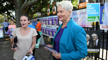Independent candidate for Wentworth Kerryn Phelps hands out how-to-vote cards in Bellevue Hill.