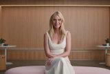 Gwyneth Paltrow in Sex, Love & Goop.