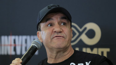 Former world champion Jeff Fenech wants to help further research into the area of head knocks.