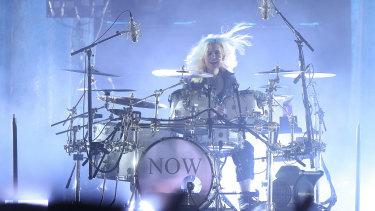 Twain's effervescent drummer.