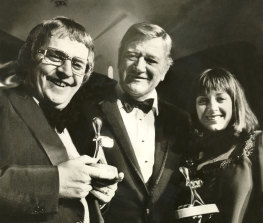 Ernie Sigley and Denise Drysdale with John Wayne at the Logies.