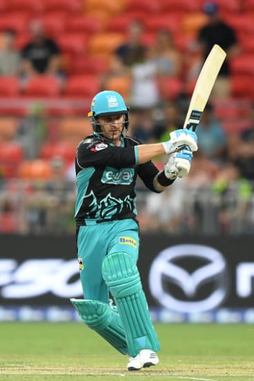 B2: Brendon McCullum put some lean form behind him with a quick-fire 50 against the Thunder.