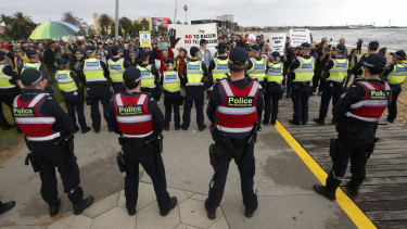 Police were forced to keep the groups apart.