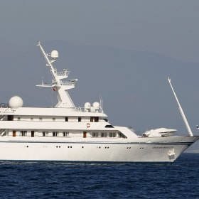 Saddam's super-yacht winds up as sailors' hotel