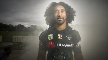 Sia Soliola modelling the jersey that will be auctioned off for the Kato Ottio memorial fund.